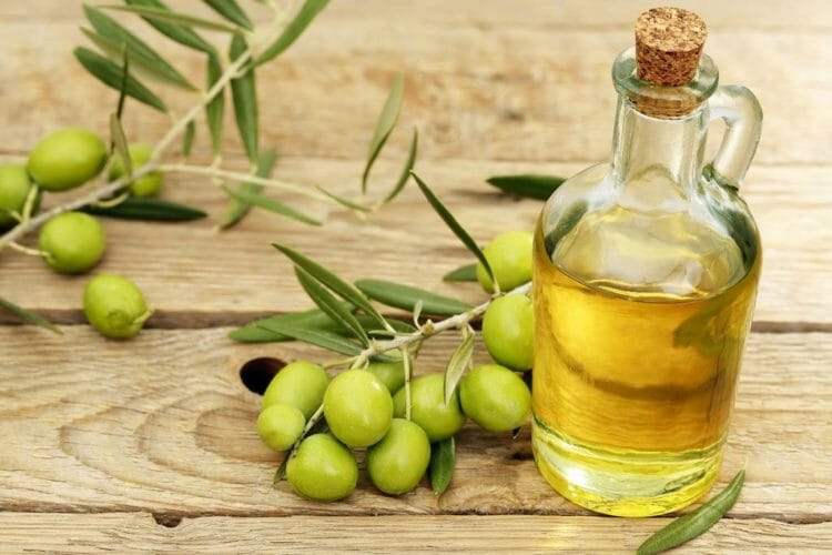 Avocado oil vs. olive oil - what's the healthier option?