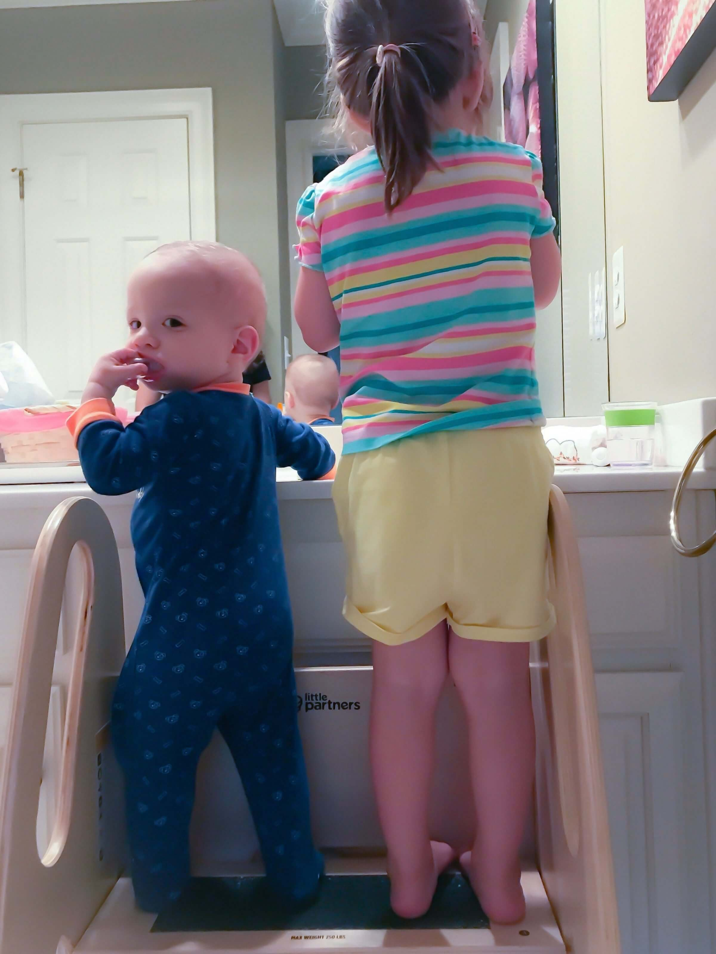 Review Growing Step Stool For Toddlers And Kids By Little