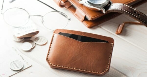 Review Of Minimalist Wallets From Burkley Joli And 214 Gon