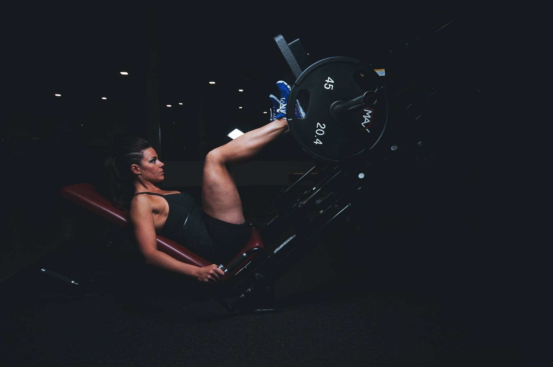 3 Exercises Women Should Do Instead of Back Squats!